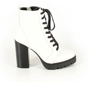 Steve Madden White Leather Combat Boots 8.5